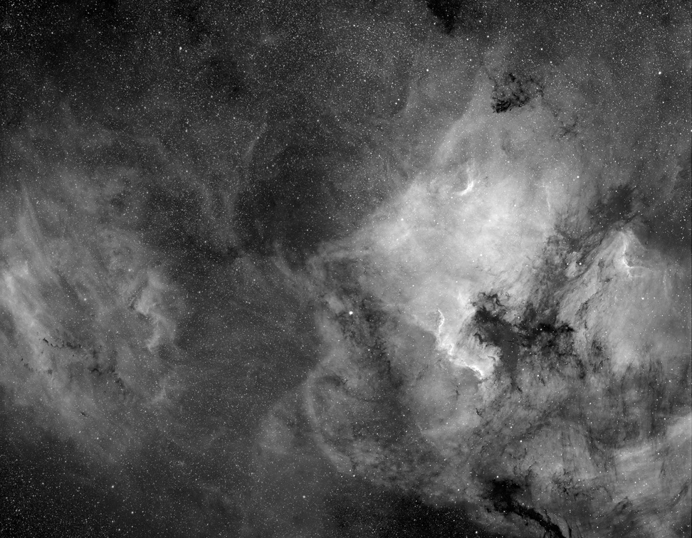 North American and Pelican Nebula with LBN 400